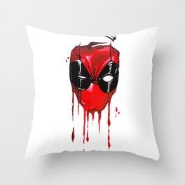 My common sense is tingling Throw Pillow