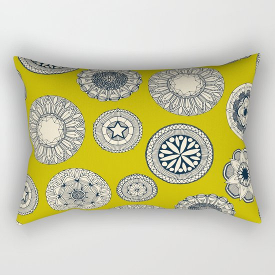 mandala cirque spot chartreuse Rectangular Pillow
