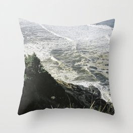 Of sea and foam Throw Pillow