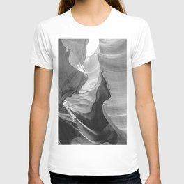 ANTELOPE CANYON IX / Arizona Desert T-shirt