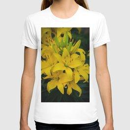 Yellow Lilies by Teresa Thompson T-shirt
