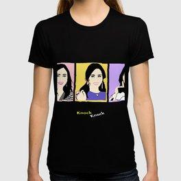 Knock Knock! Mina Version T-shirt