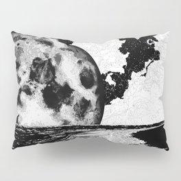 Night tide Pillow Sham