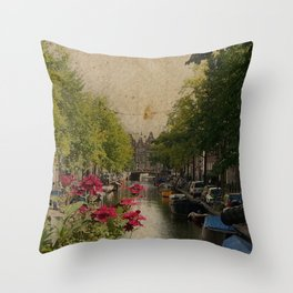 Amsterdam mon amour Throw Pillow