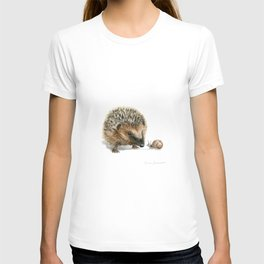 """""""Close Encounter"""" painting of a Hedgehog and Snail by Teresa Thompson T-shirt"""