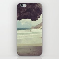 Wild swin... iPhone & iPod Skin