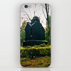 Graveyard green iPhone & iPod Skin