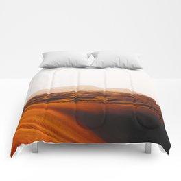 Minimalist Desert Landscape Sand Dunes With Distant Mountains Comforters