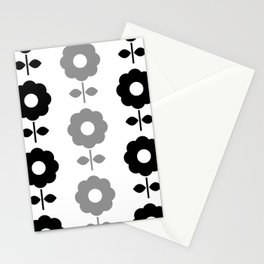 Floral Seamless Pattern with Black and White Flowers Stationery Cards