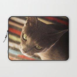 gaze of a cat Laptop Sleeve