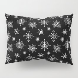 Winter in black and white - Snowflakes pattern Pillow Sham