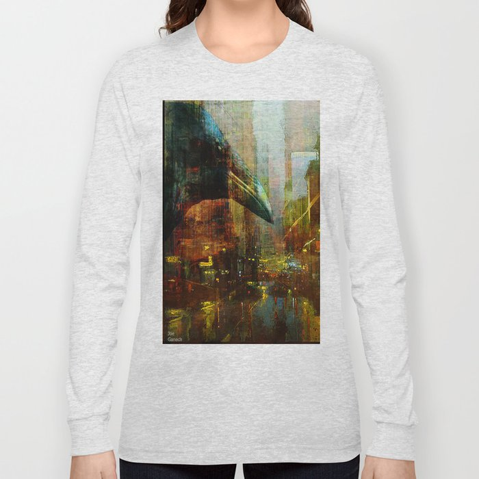 Crow in the geometrical city Long Sleeve T-shirt