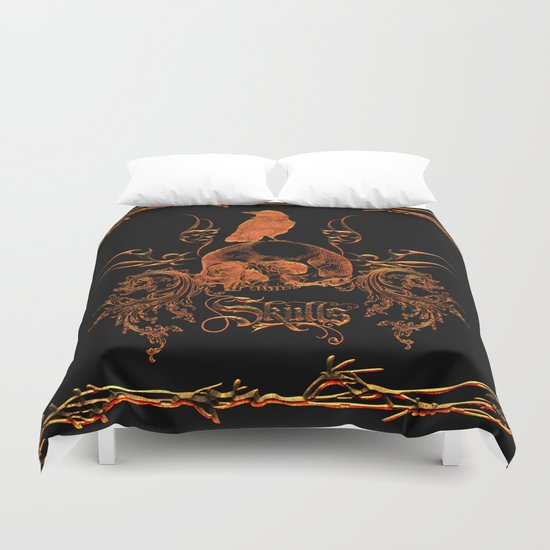 Skull with crow  Duvet Cover