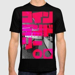 コインランドリー (COIN LAUNDRY) - PINK T-shirt