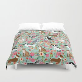 Chihuahua floral dog breed cute pet gifts for chiwawa lovers chihuahuas owners Duvet Cover