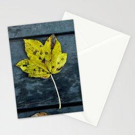 Beautiful autumnal leaf Stationery Cards
