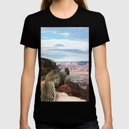 Squirrel Overlooking Grand Canyon T-shirt