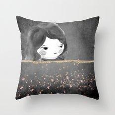 Bed star Throw Pillow