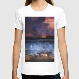 Kilauea Volcano Lava Flow. T-shirt