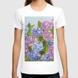 Beautiful Hydrangeas flowers nature purple and blue colors T-shirt