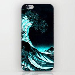 The Great Wave : Dark Teal iPhone Skin