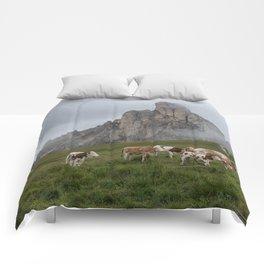 Dolomites 08 - Italy Comforters