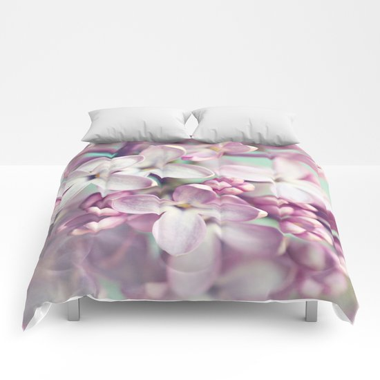 finally spring Comforters