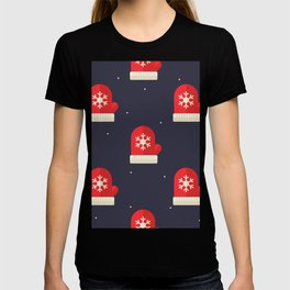 Red Christmas Gloves Pattern T-shirt