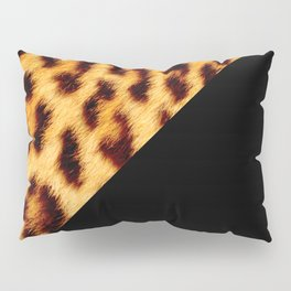 Leopard skin with black color II Pillow Sham