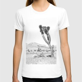 Vintage Desert Scape B&W // Cactus Nature Summer Sun Landscape Black and White Photography T-shirt