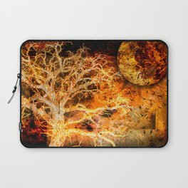 A RAVEN'S WORLD Laptop Sleeve