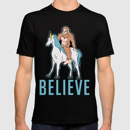 Funny Bigfoot Sasquatch Unicorn Gift T-shirt