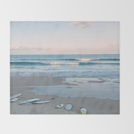 Sunset surf Throw Blanket