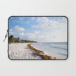 carribbean beach. Laptop Sleeve