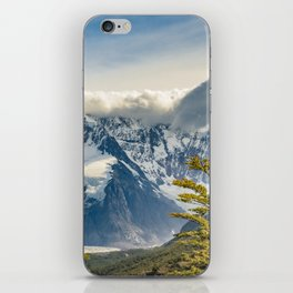 Snowy Andes Mountains, El Chalten Argentina iPhone Skin