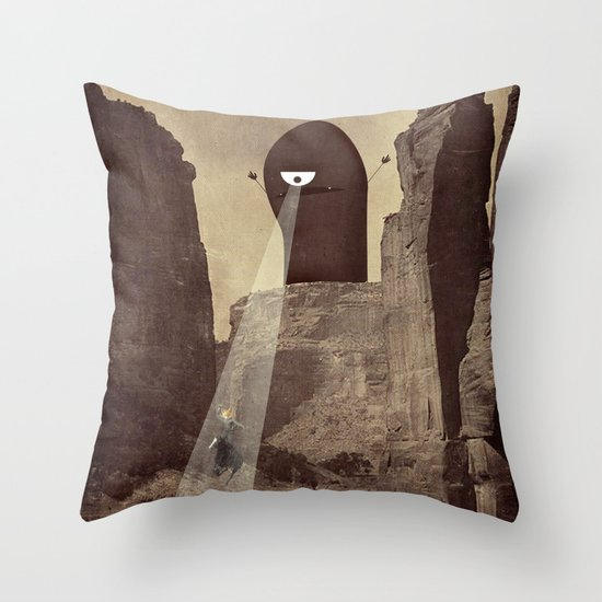 doom! Throw Pillow