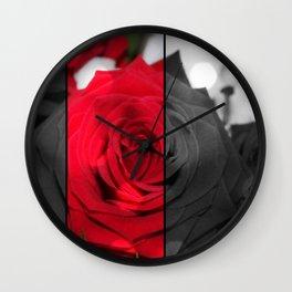 Bouquet de Roses Rouge Wall Clock