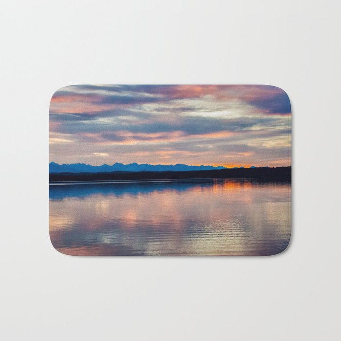 EVENING GLORY Bath Mat