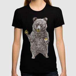 Oh, Hi Bear! T-shirt
