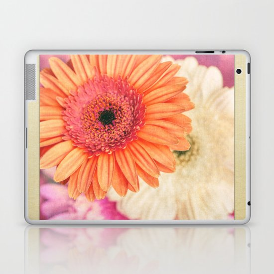 Sweet Daisy Sorbet Laptop & iPad Skin