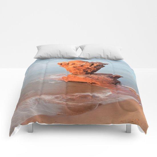 Teapot Rock Comforters