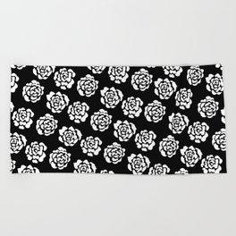Roses pattern II Beach Towel