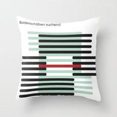 bodenschätzen suchend Throw Pillow