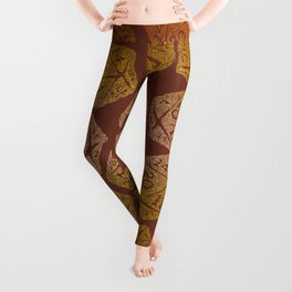 d20 - 70s vibe on brown - icosahedron gradient  Leggings