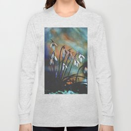 snowdrop in winter Long Sleeve T-shirt