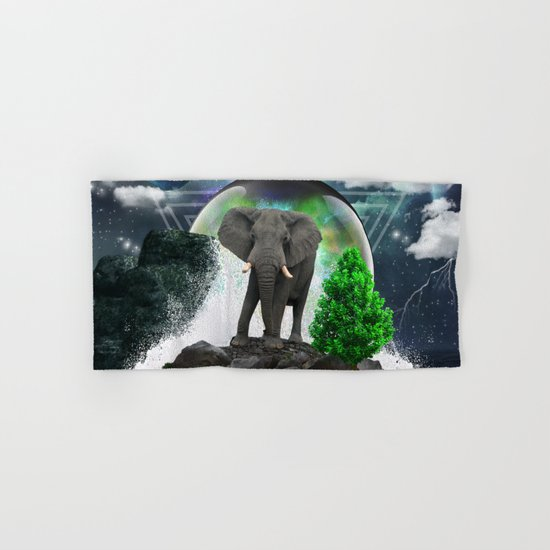 Dreamer iv Hand & Bath Towel