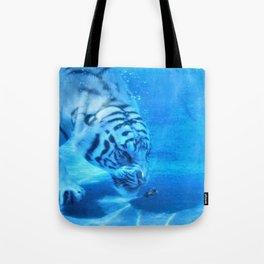 Diving Tiger Tote Bag