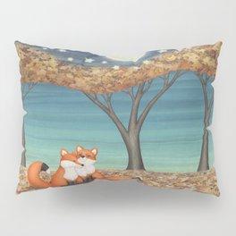 cuddly foxes Pillow Sham