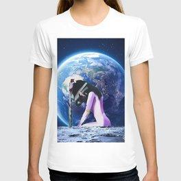 EARTH WATCHER T-shirt