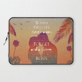 Summer love  Laptop Sleeve